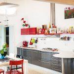 Casaviva: particolari interni, cucina moderna
